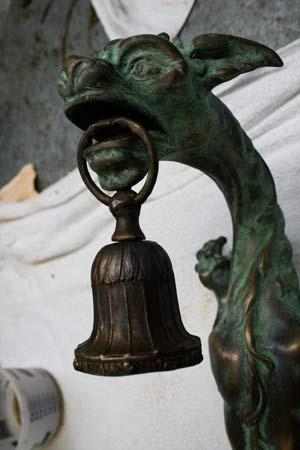 Bronze lamp fixture